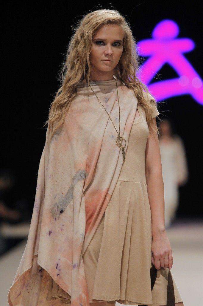 Etikology - Pasarela Adlib 2016 - Nanou Couture Organic fashion, natural dye  #ecodye #slowfashion #handmade #ibiza Organic Dress and Poncho