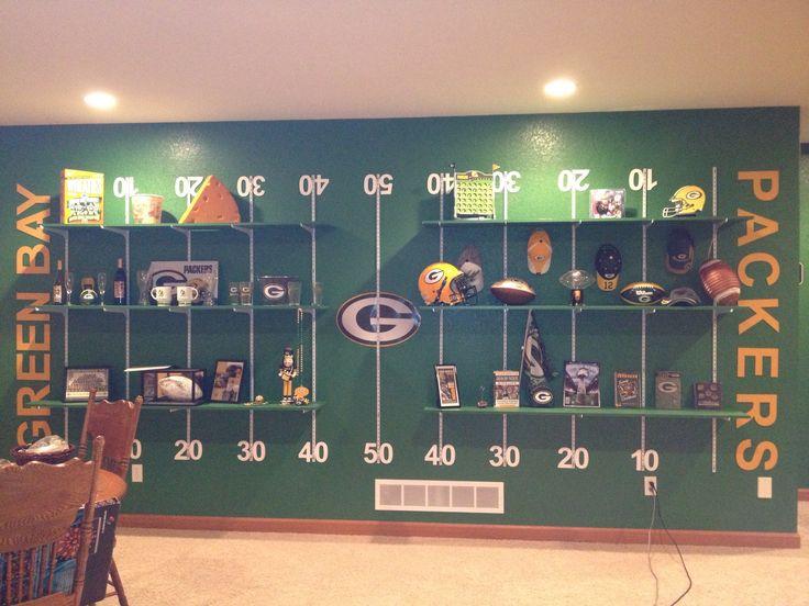 Packers Wall   Football FieldFootball Man CaveSports  25  best Football man cave ideas on Pinterest   Football room  . Sports Man Cave. Home Design Ideas