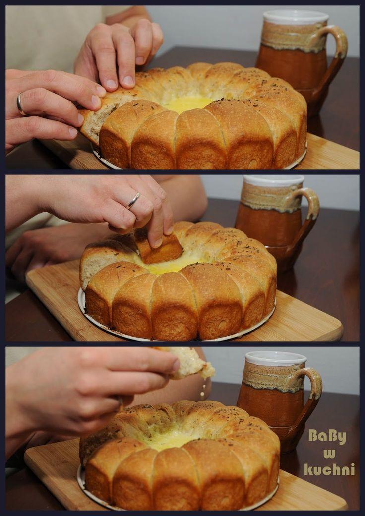Mini-bułeczki z dipem serowym