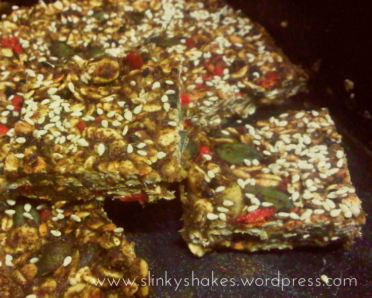 Healthy Granola Breakfast Bars with Herbalife Protein Powder: http://slinkyshakes.wordpress.com/2014/02/13/my-made-muesli-bars-bowl-me-over-granola-take-4/