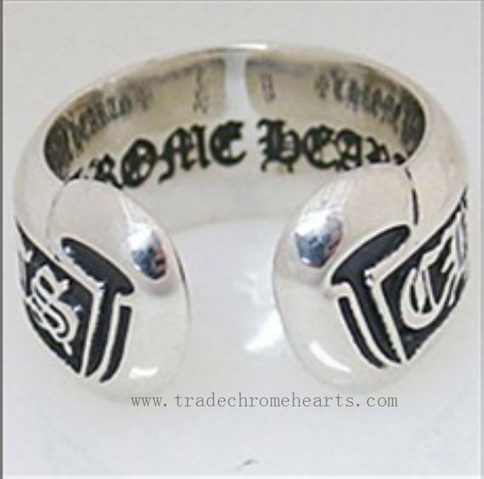 Chrome Hearts Ring CH Plus Mini Scroll Ring G-Dragon X chrome hearts rings Sale Silver 925 chrome hearts rings. Scroll rings 2013 CHEAP CH Scroll Label Ring Available size: 14#-23# Size: 10mm in width X thickness 2mm Materials: Silver 925 http://www.tradeschromehearts.com/chrome-hearts-ring-ch-plus-mini-scroll-online-shop-p-268.html
