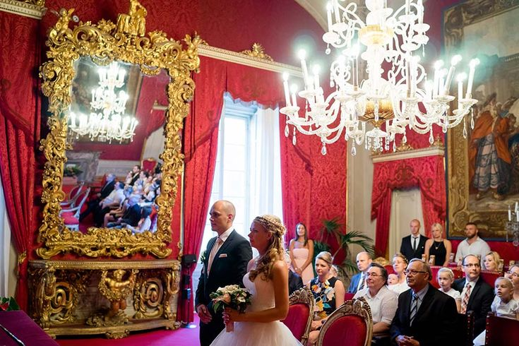 Sala Rossa during civil wedding in Florence