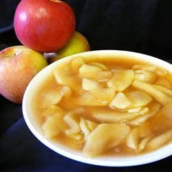 Apple Pie Filling...     18 cups thinly sliced apples      3 tablespoons lemon juice      4 1/2 cups white sugar      1 cup cornstarch      2 teaspoons ground cinnamon      1 teaspoon salt      1/4 teaspoon ground nutmeg      10 cups water