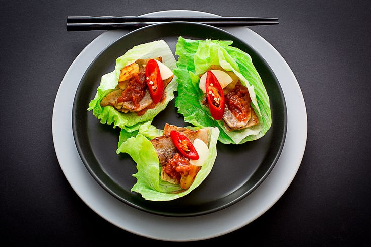 Every bite-sized of these pork belly wrap is bursting with intense flavors and satisfying textures, from the refreshing lettuce, crunch and zingy kimchi, sweet-hot-salty Korean…Continue readingKorean Pork Belly Wrap