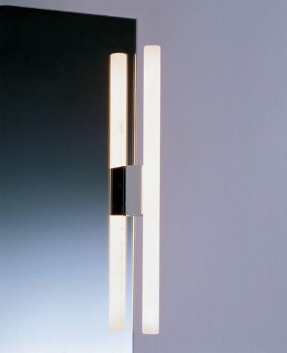 94e, Optisch UND technisch unkompliziert ist diese Spiegelleuchte, deren Sockel einfach an den Spiegel geklemmt wird Bohren ist also nicht nötig. Ihr warmes Licht gibt die menschliche Hautfarbe sehr angenehm wieder. Die Leuchte ist für Spiegelstärken von 3-9mm geeignet. Ausgestattet ist die Klemmi ...