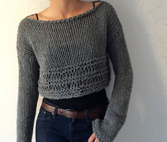 Knit sweater , Knit crop top, Cropped wool sweater, Winter trends, Grey womens top , Crop fashion ,Cozy winter top ,Warm boho, Wool sweater This grey cozy winter sweater is made of highest quality %50 wool and %50 acrylic yarn. Different colours also available like denim blue, purple,