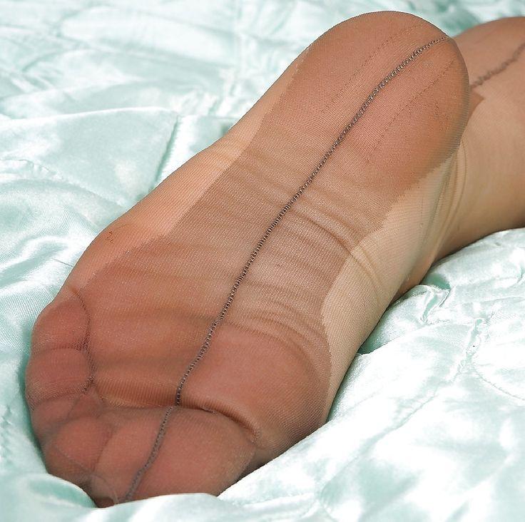 Ff stocking feet