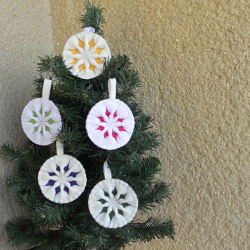 Vánoční hvězda - ozdobička na stromeček