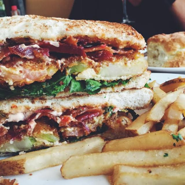 Bacon, Lettuce Fried Green Tomato - The BLFGT: Bacon, Lettuce and Fried Green Tomato  -Is this the perfect Southern Sandwich? YES!