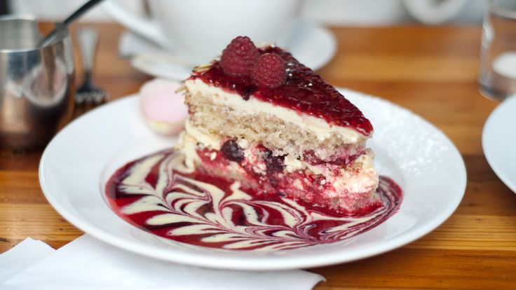 ... | Red velvet waffles, Valentines day desserts and Red velvet cakes