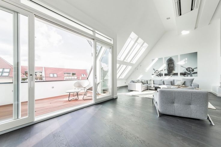 Rooftop With Small Balcony in Penthouse Apartment in Berlin
