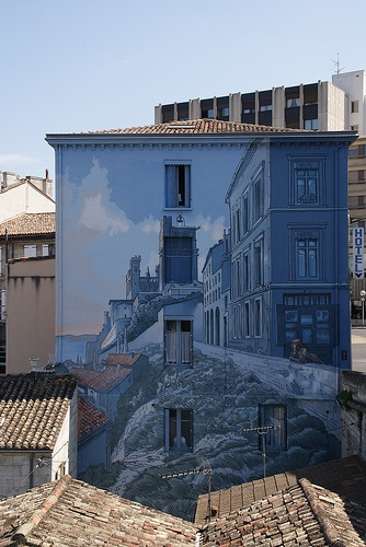 Angoulême painted wall - cognac country  ©CRTPC  http://www.holidays-france-atlantic.com