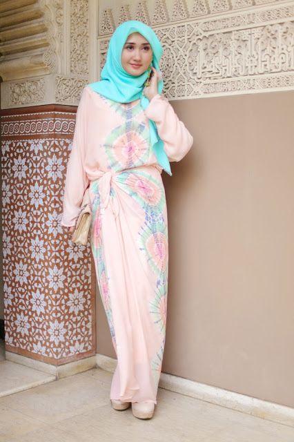 hijab maxi dress. Style Hijab fashion hijabmuseum.com