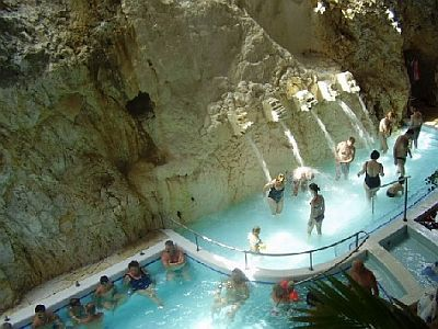 Miskolctapolca / pools in the cave