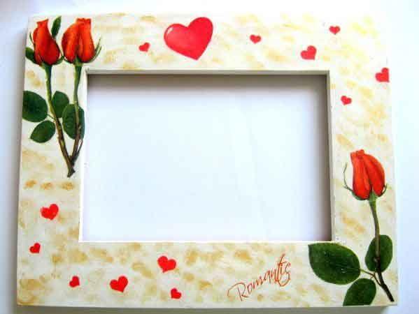#Rama #Romantic cu #trandafiri #rosii si #inimioare, rama #foto 16375. Un #produs #lucrat #manual din categoria produselor pentru #casa / pastrare #amintiri. #Articol avand un #design cu un #model de trandafiri rosii si inimioare. #Culori: #rosu si #verde pe #fundal #alb si #galben. http://handmade.luxdesign28.ro/produs/rama-romantic-cu-trandafiri-rosii-si-inimioare-rama-foto-16375/