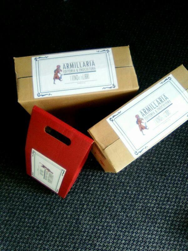 Nuovo #packaging per le spedizioni di #vino e #libri