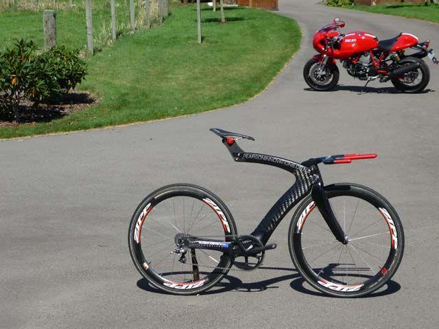 Pearson Bikes Manufacture Lightweight Aerodynamic Carbon Fibre