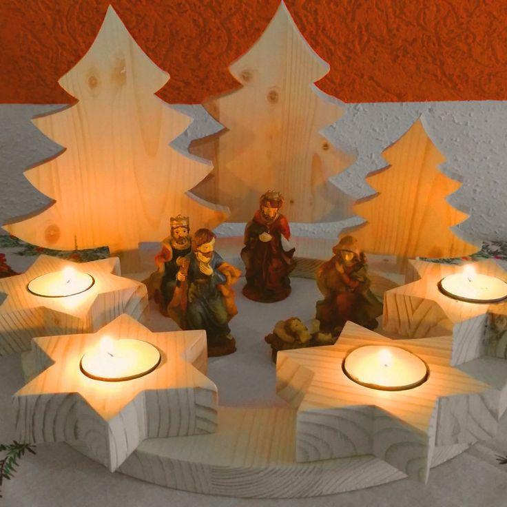 Mit einer Bandsäge lässt sich ohne großen Aufwand ein Adventskranz aus Holz basteln, welcher nach eigenem Geschmack dekoriert werden kann.