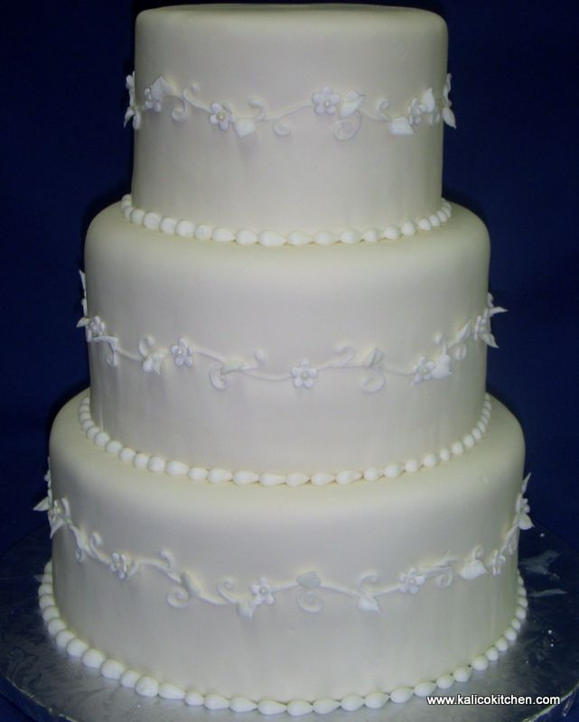 3 tier white fondant wedding cake 114 best 3 tier wedding cakes images on tier 10355