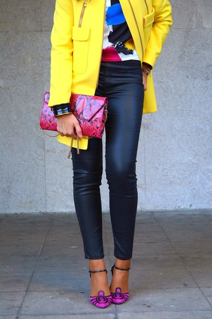 Yellow spring coat 17-3-2014  Coat Zara SS14 Blouse Zara SS14 Pant Mango Bag Mango Shoes Manolo Blahnik