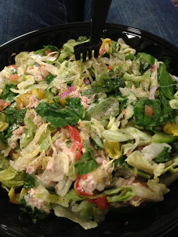 Subway salad easy lunch to stay on track with the for Salas lunchs