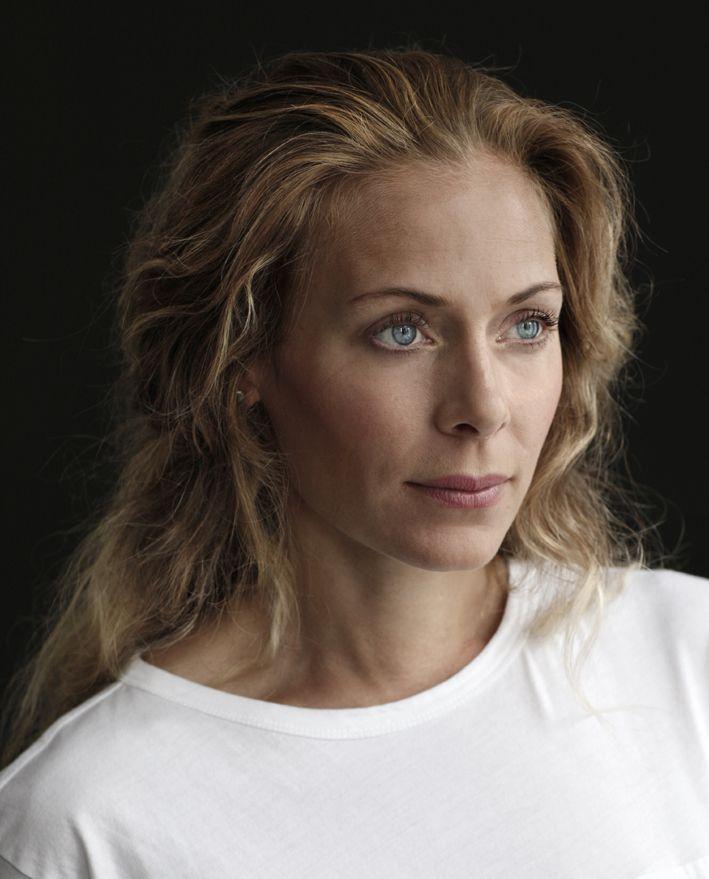 Eva Röse as Maria Wern