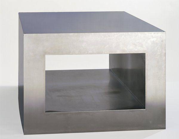 Donald judd untitled 1968 stainless steel plexiglass for Minimal art judd