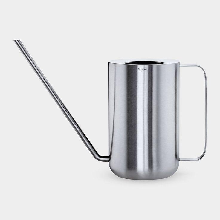 Reform / Kitchen / Kitchenware inspiration / PLANTO ジョウロ : MoMA STOREの通販