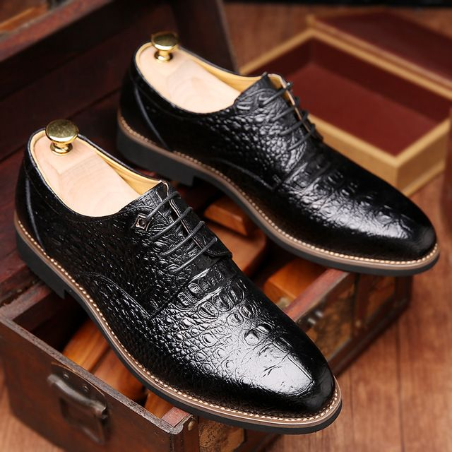 Men Alligator Pattern Pointed Formal Business Lace Up Shoes is designed for  formal occasion, more high-quality men formal shoes are on sale Mobile.
