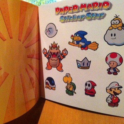 Paper Mario Sticker Star, Collectible Sticker book