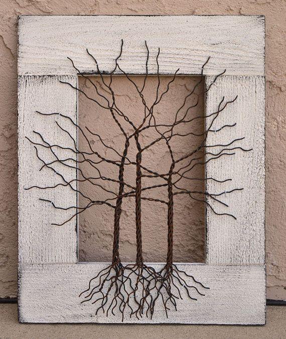 Se si fa clic su ogni immagine principale, si aprirà una nuova finestra con una visualizzazione ingrandita per vedere ancora più in dettaglio.  ------------------------------------------------------------ Questo pezzo è in magazzino e pronto per la spedizione! ------------------------------------------------------------  Dimensione... 14 x 17 1/4. Si tratta di una dimensione di grande dono! Medio... Albero in alluminio verniciato di filo che è stato costruito per un telaio di legno in di...