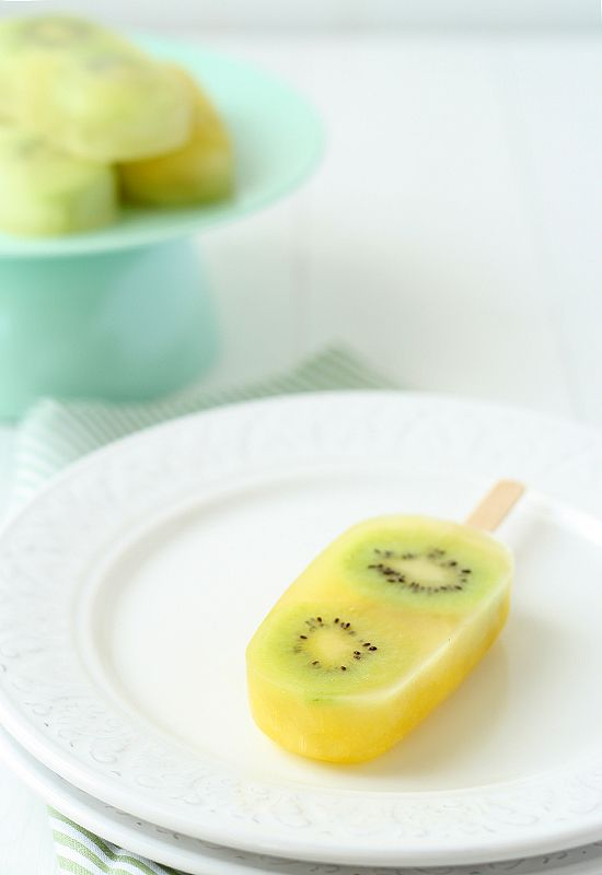 Pineapple and Kiwi Pops