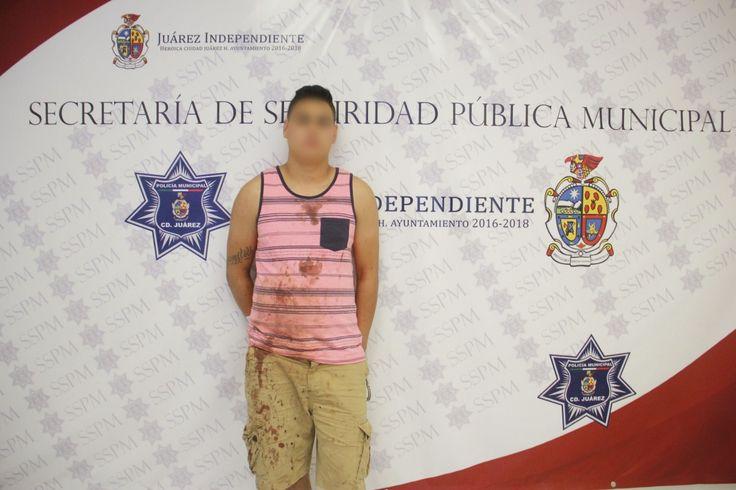<p>Juárez, Chih.- Agentes de la Policía Municipal destacamentados en la Unidad Especializada en Violencia Doméstica, realizaron el arresto