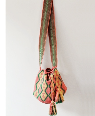 one of a kind Wayuu Taya bag
