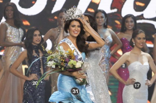 """Model Katarina Rodriguez has reportedly resigned two days after being crowned as Binibining Pilipinas Intercontinental 2017. According to reports, the main reason of her resignation is residency issue. Meanwhile, CNN Philippines on Monday posted the news on Twitter: """"Bb. Pilipinas Charities Inc.: Bb. Pilipinas 2017 Intercontinental Katarina Rodriguez has expressed she may not accept the crown."""" BPCI is waiting for a formal letter of resignation until today May 2."""