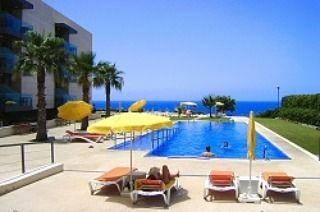 """Golden Residence Hotel, Madeira Reisburo Vakantie & Zorg (@https://instagram.com/p/BY07ZQ-lKQ_/vz_zorgvakanties) on Instagram: """"GOLDEN RESIDENCE HOTEL MADEIRA - Een prachtig 4 sterren hotel met ruime kamers met gratis WiFi en…"""""""