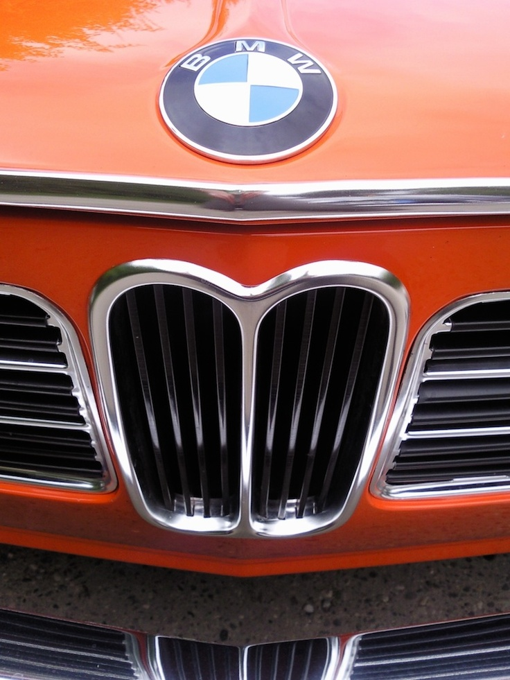 BMW 2002 ti grille detail.