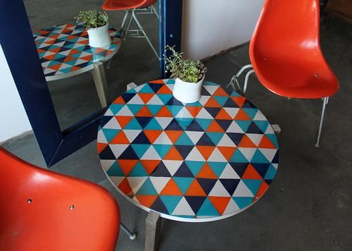 DIY Painting Crafts: DIY: painted glass tabletop