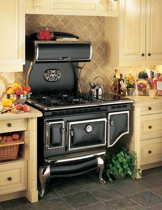 Find This Pin And More On Awesome Antique Kitchen Stoves