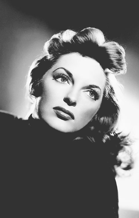 THE Julie London......this timeless woman could stop LA traffic~ om <3