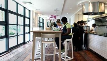 Restaurants and cafes at Hackney Community College (HCC)