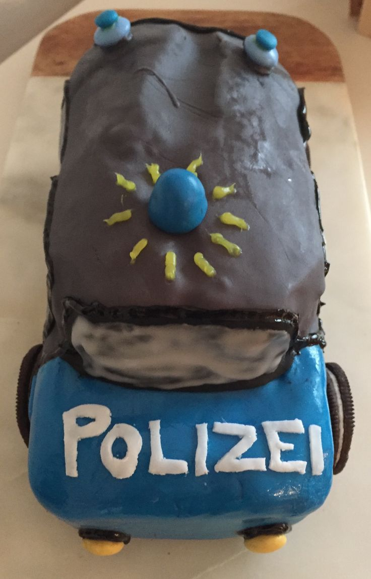 die besten 25 polizei kuchen ideen auf pinterest polizei pensionierungsparty polizei. Black Bedroom Furniture Sets. Home Design Ideas