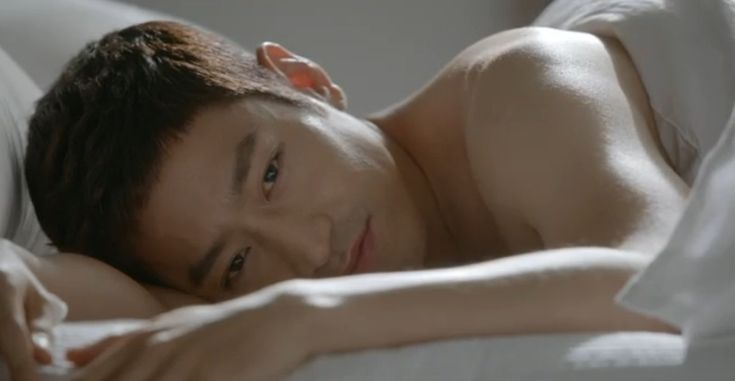 Eric Mun of Shinhwa everybody. #kdrama Discovery of Love ep 1 started wonderfully ;)