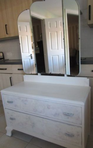REDUCED Vintage White & Floral Shabby Chic Large Triple Mirrored Dressing Table