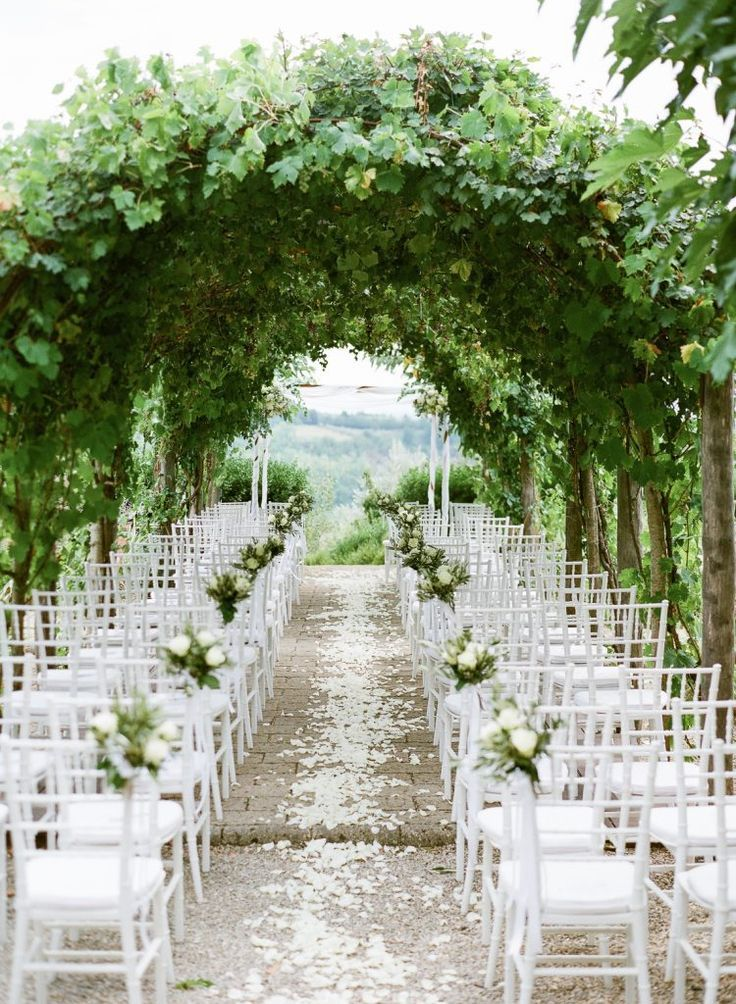 Valérie and Nick's Dreamy Tuscan Wedding at Borgo Petrognano