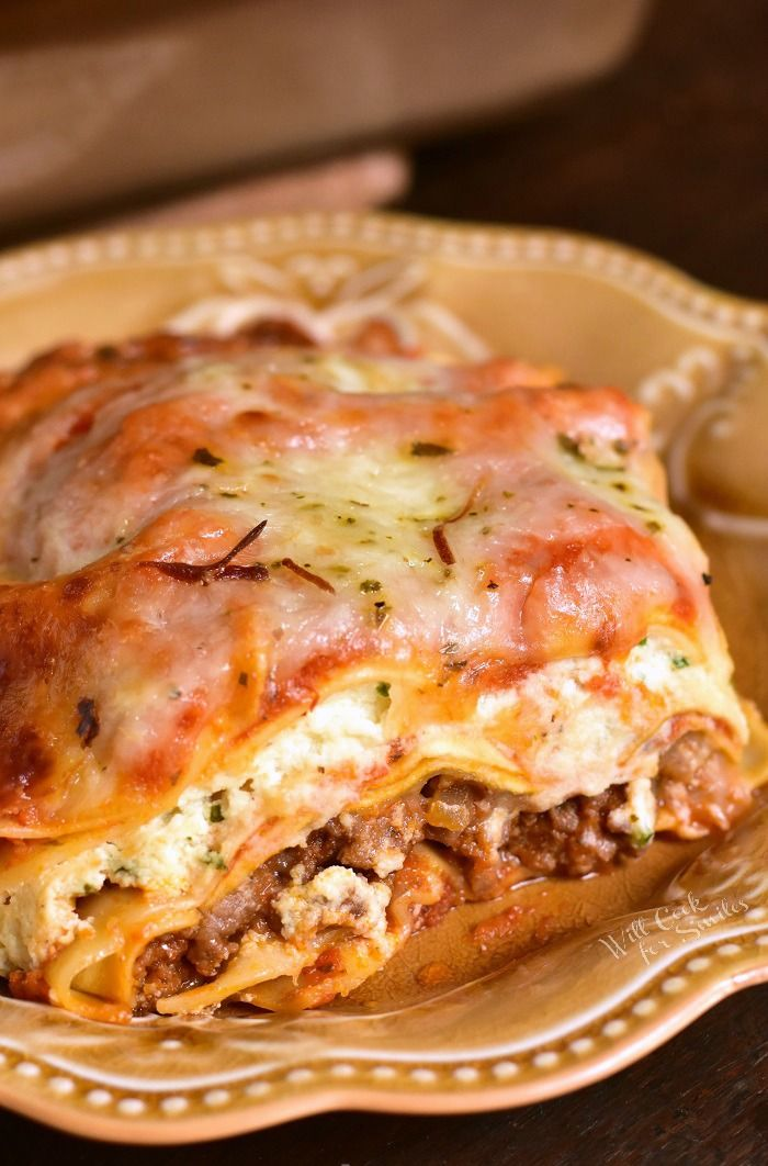 Lasagna Recipe This Classic Lasagna Recipe Features Layers Of Ground Beef Pasta Ricotta Easy Lasagna Recipe Easy Lasagna Recipe With Ricotta Lasagne Recipes