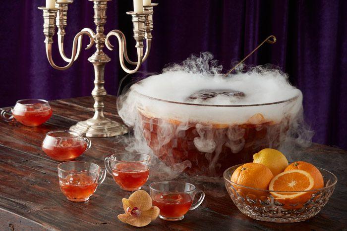 6 прельщающих и пугающих коктейлей и закусок для вечеринки на хеллоуин | Event.ru