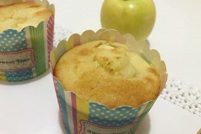 I muffin alle mele senza burro sono dei dolcetti sani e ottimi da consumare. Ecco la ricetta ed alcuni consigli