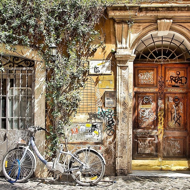 .@Fred Magid | Somewhere in #rome #roma #door #bicycle
