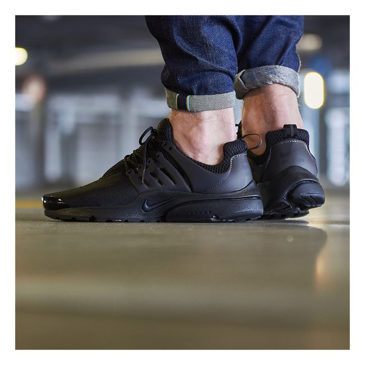 Nike - Air Presto (Black)